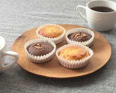 おこめのおやつ 米糀の甘酒と米粉のマドレーヌと、ココアと米粉のプチケーキ7045の画像
